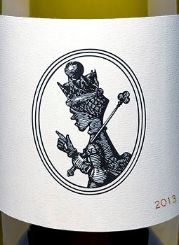 White Queen Chardonnay 2013 wine label