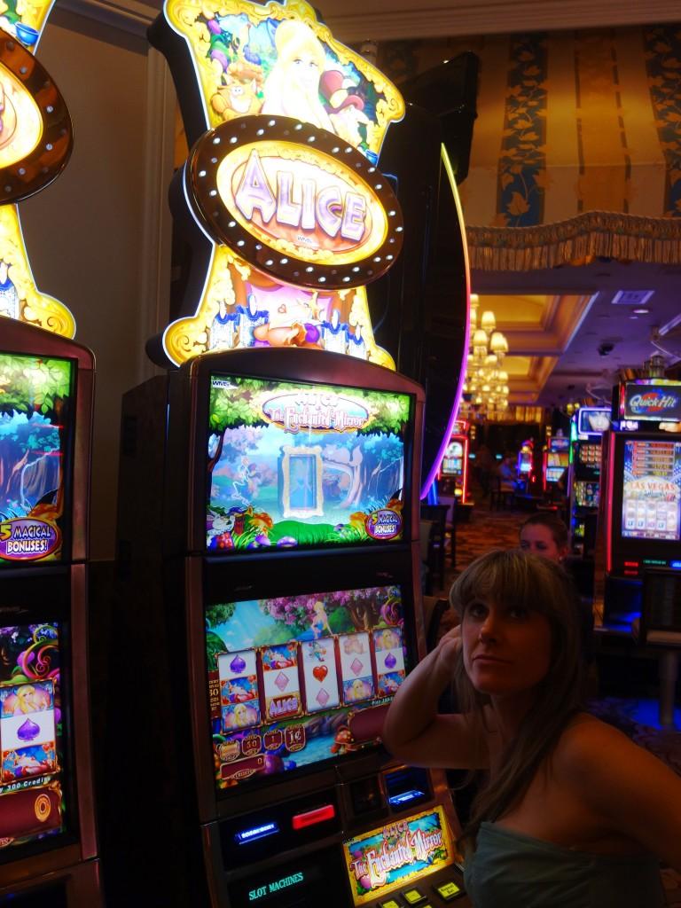 Alice in wonderland Las Vegas slots