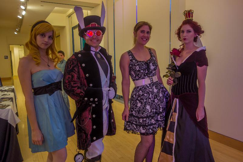Unlocking Wonderland cosplay Alice